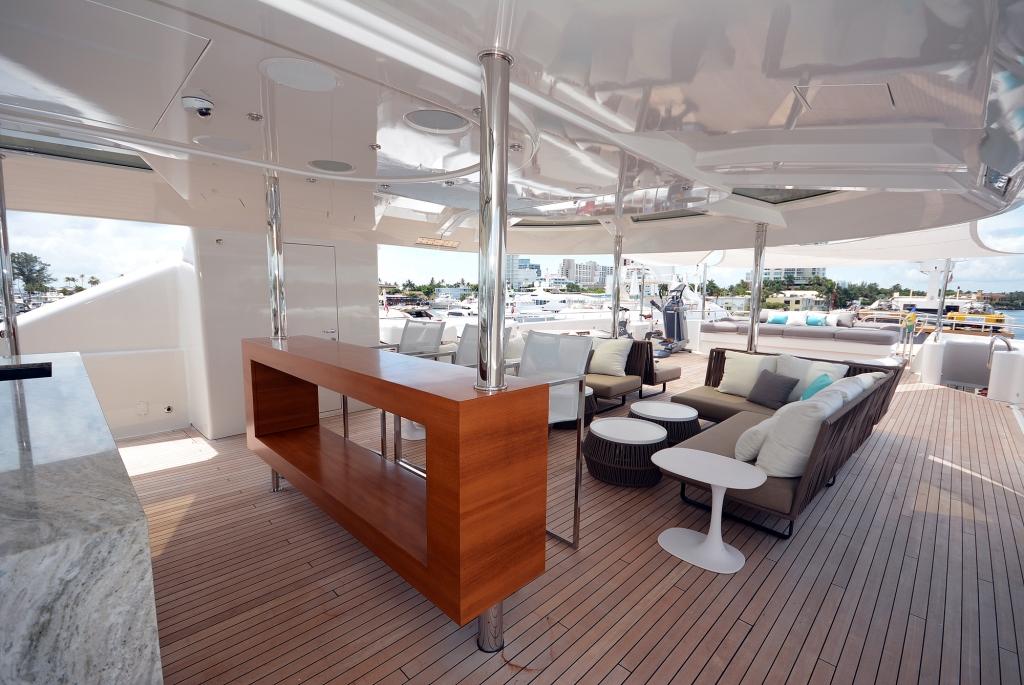 Yacht AQUAVITA - Sundeck 2