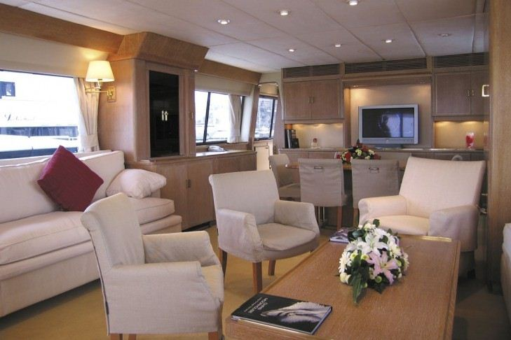 Yacht ATLANTIC ENDEAVOUR -  Salon Seating