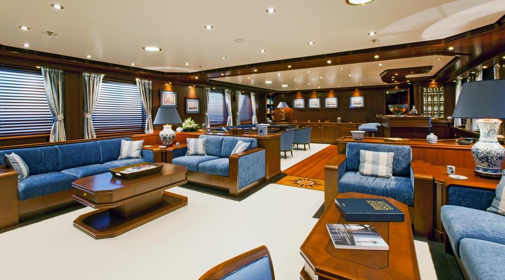 Yacht AXANTHA II -  Main Salon