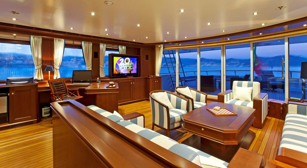 Yacht AXANTHA II -  Skylounge