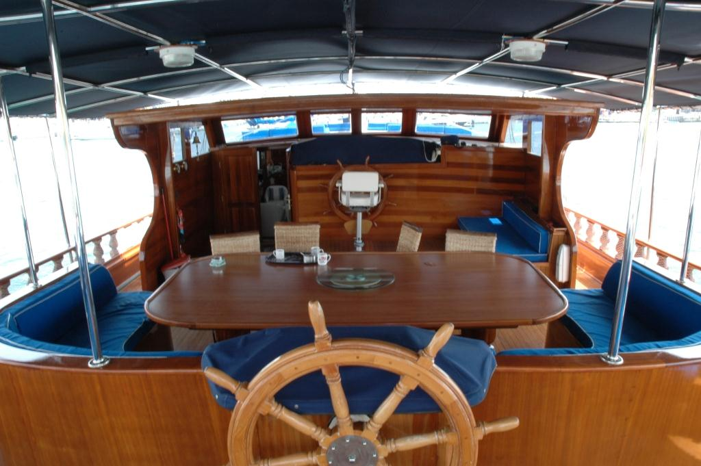 Yacht AZUL DE CORTES - At Deck Al Fresco Dining