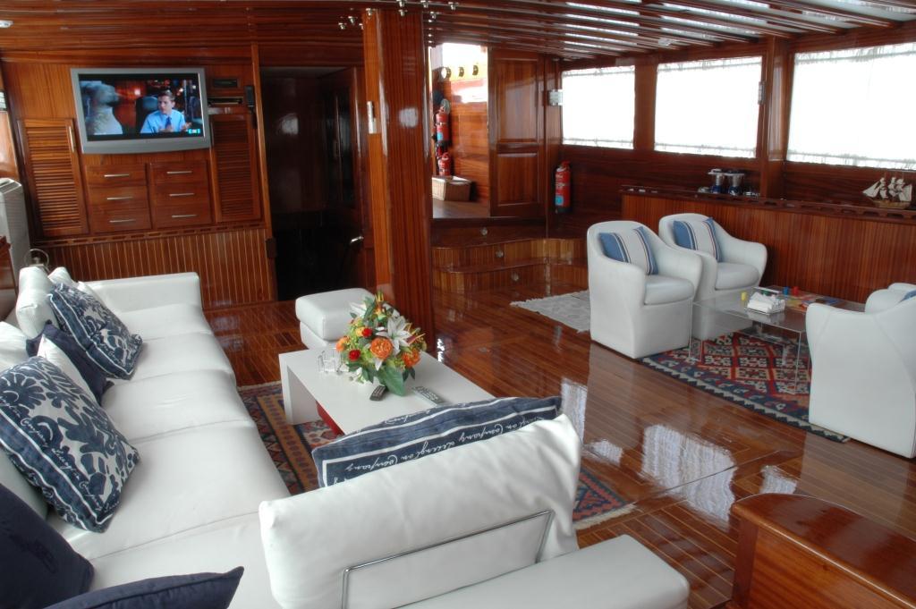 Yacht AZUL DE CORTES - Main Salon