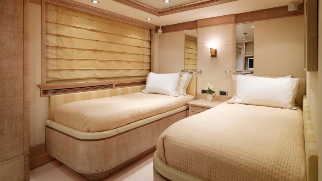 Yacht BALAJU - Twin cabin