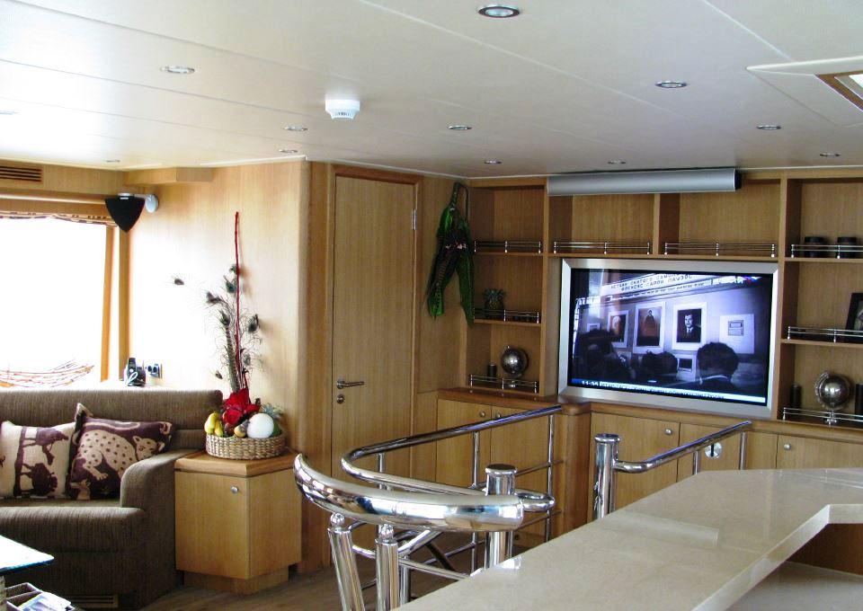 Yacht BANDIDO - Main Salon