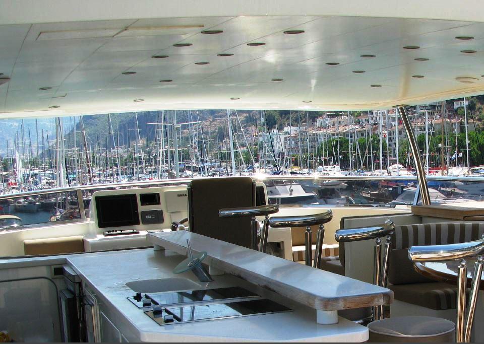 Yacht BANDIDO - Sundeck Bar