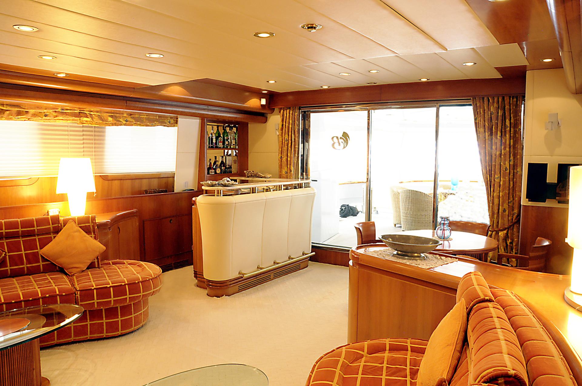 Yacht BENDYCTA - Main Salon