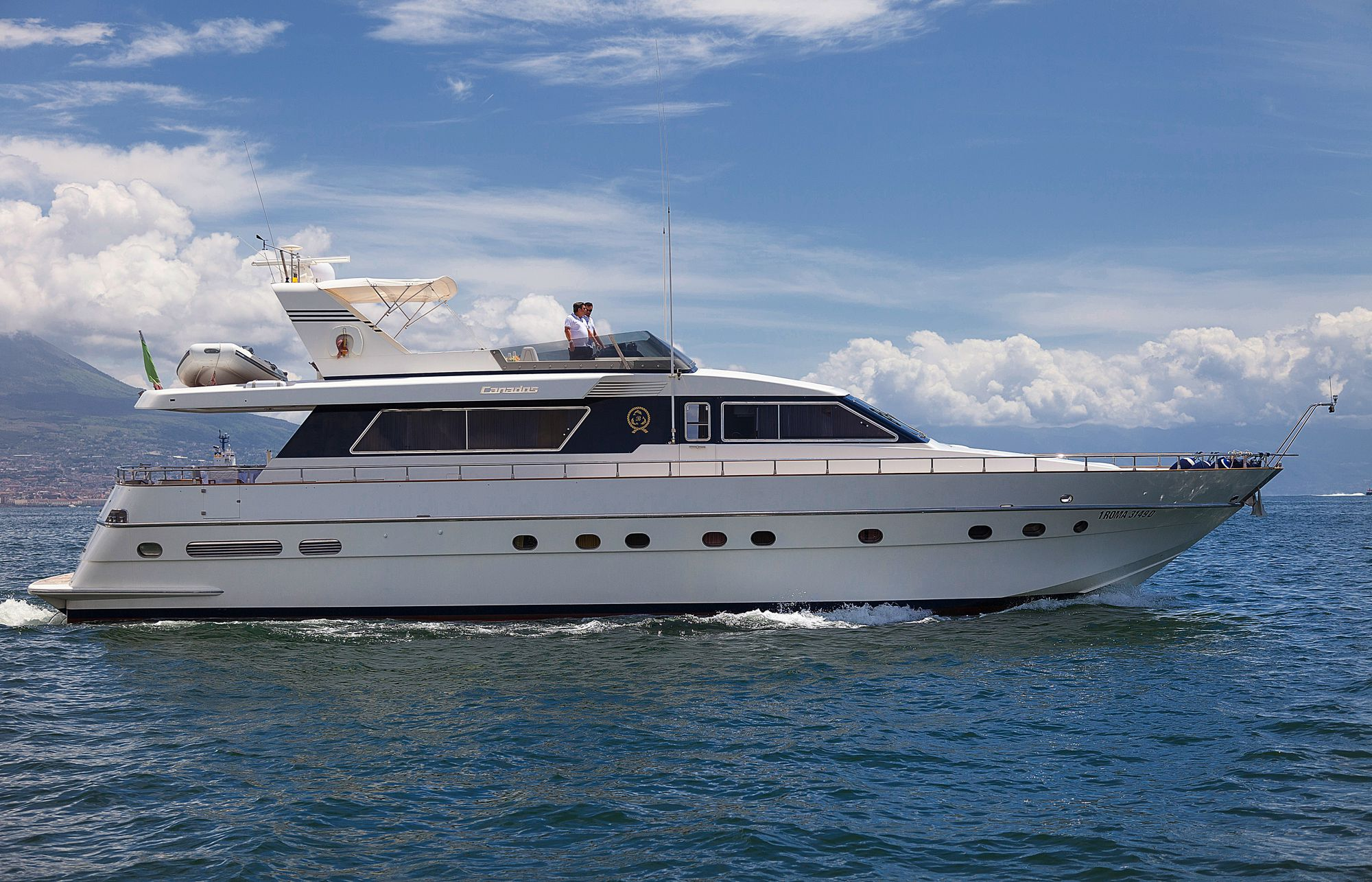 Yacht BERNADETTE - Main