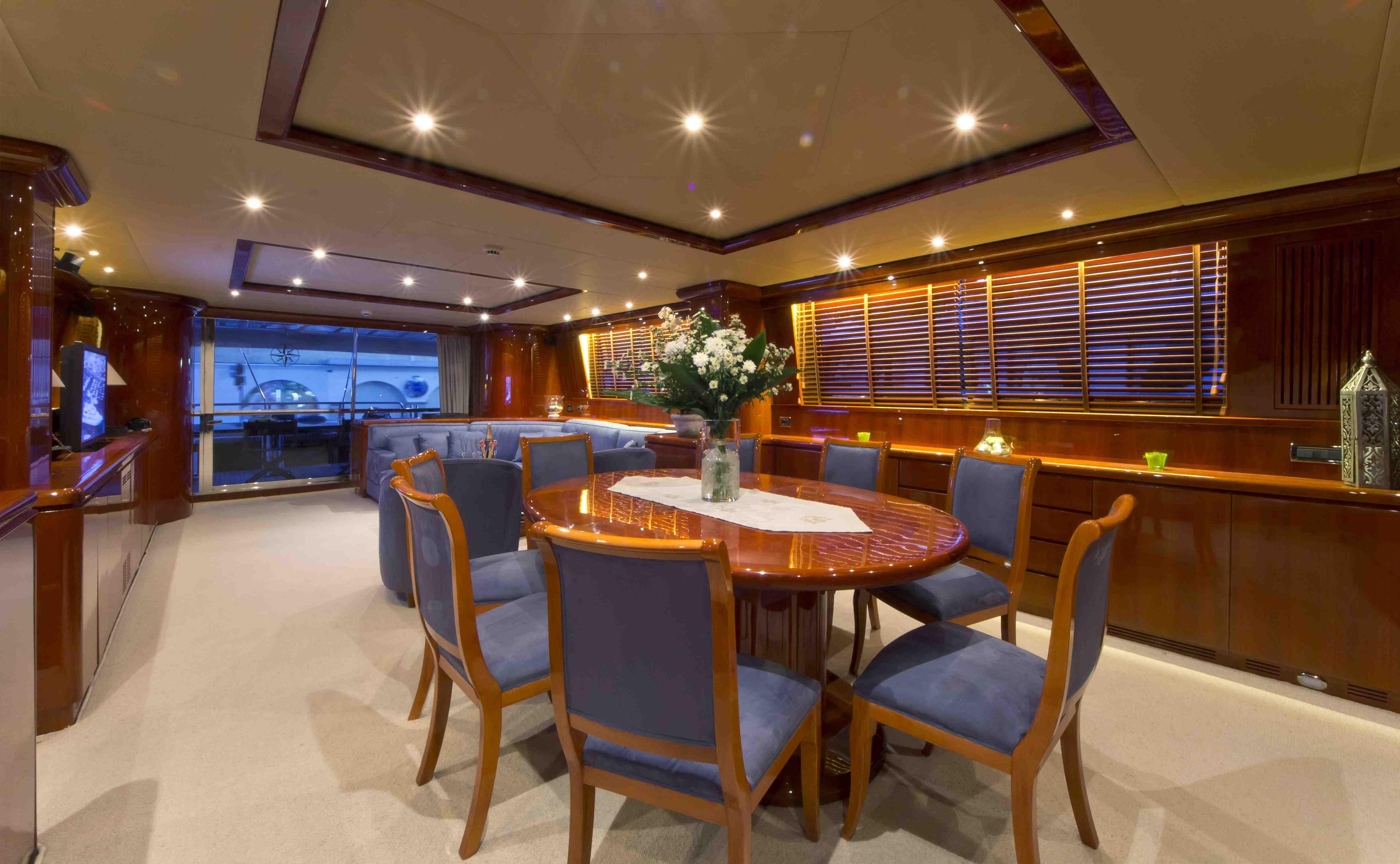 Yacht BOJANGLES -  Formal Dining