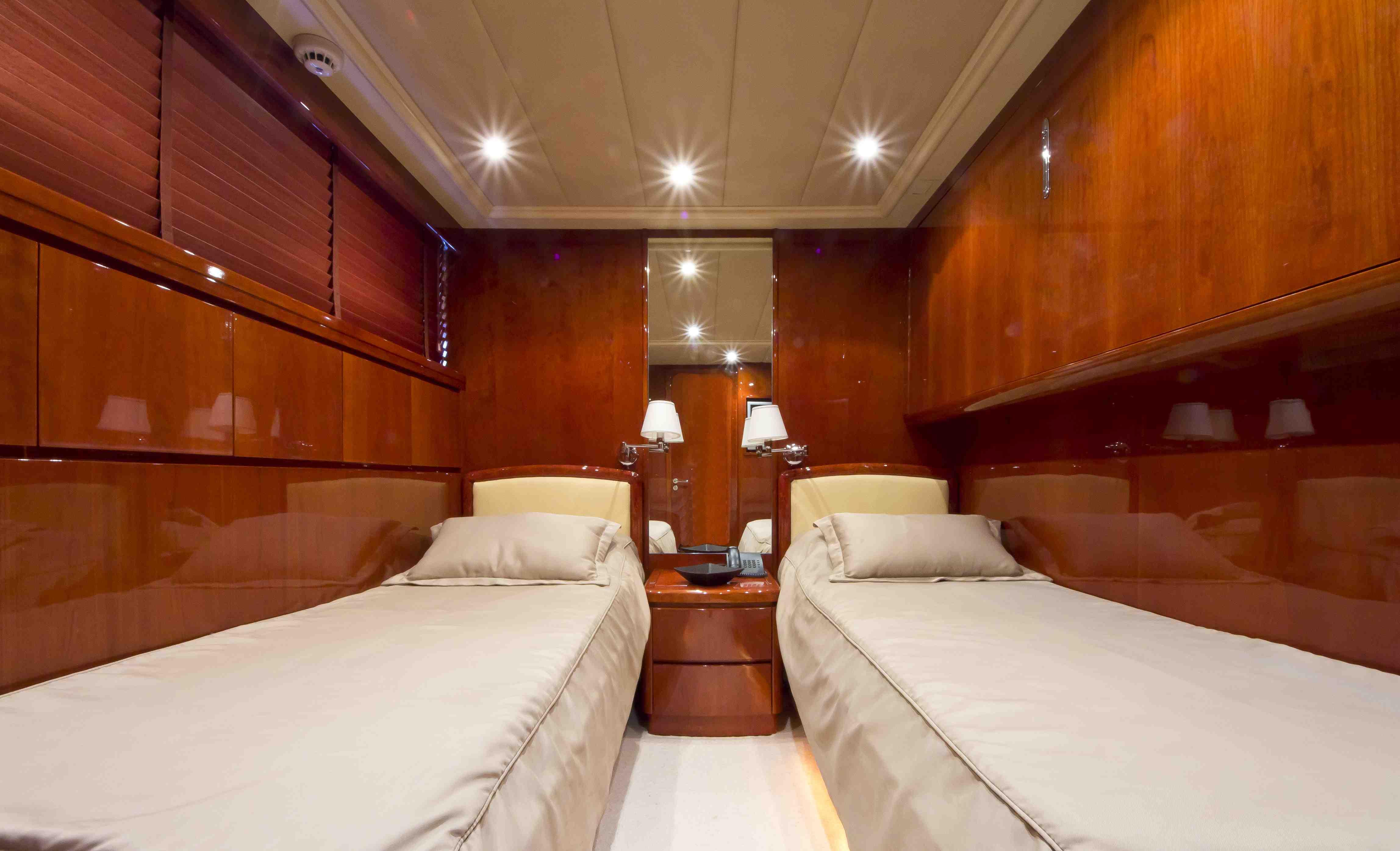 Yacht BOJANGLES -  Twin Cabin
