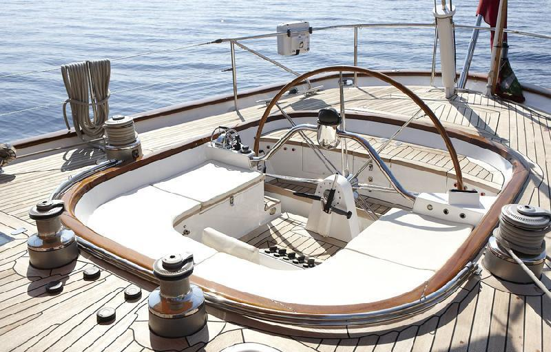 Yacht BOLERO -  Aft Cockpit
