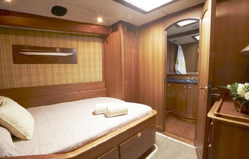 Yacht BOLERO -  Guest Stateroom
