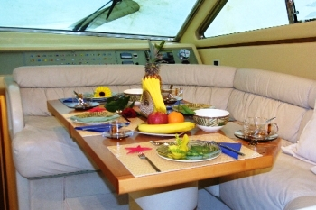 Yacht CATHERINES -  Dining