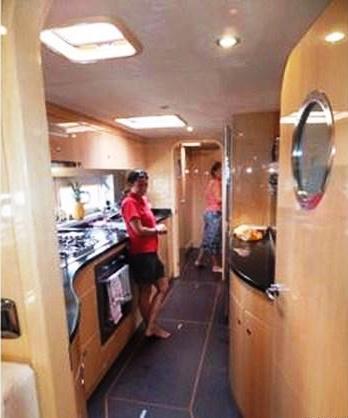 Yacht CATTITUDE -  Galley