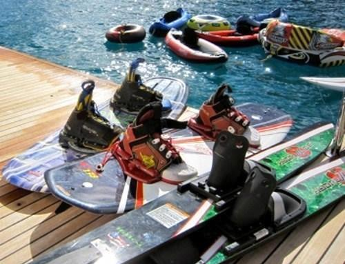 Yacht CATTITUDE -  Water Sport Toys