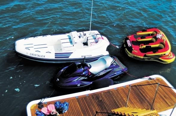 Yacht CRISTALEX -  Swim Platform and Toys