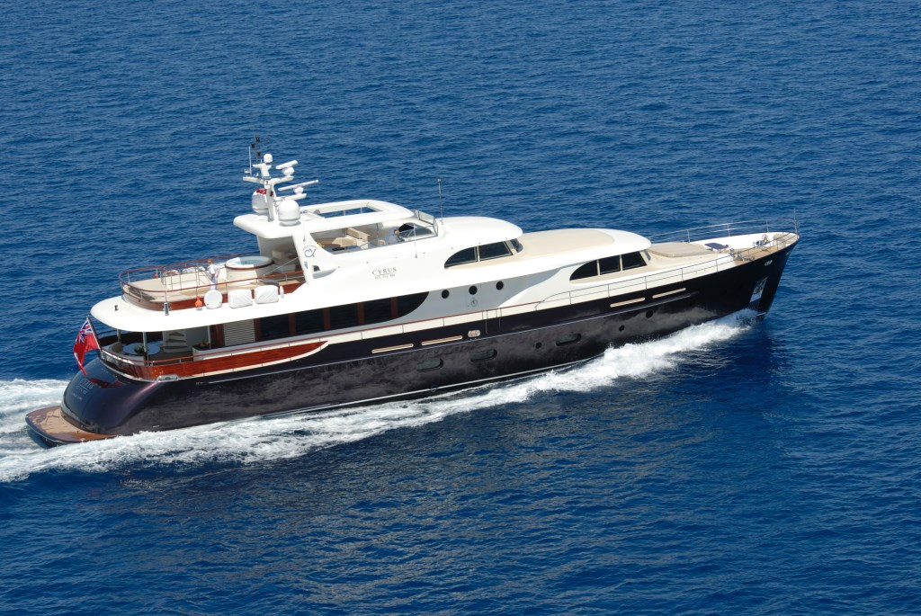 Yacht CYRUS ONE -  Cruising