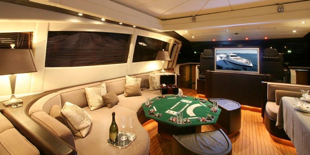 Yacht DELHIA -  Main Salon Seating