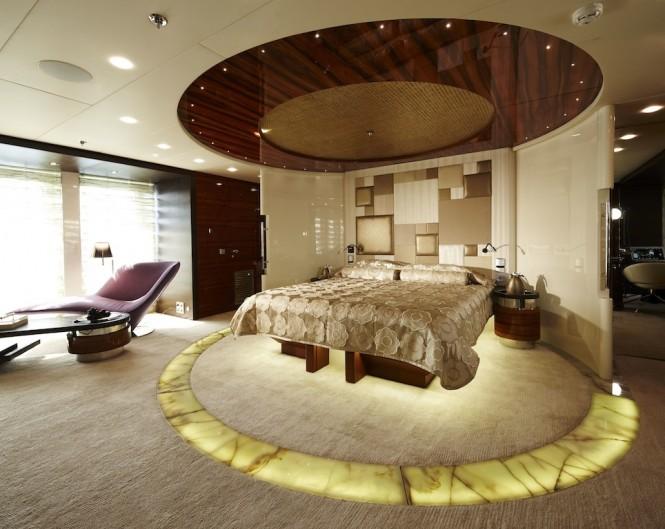 Yacht E&E Master Cabin