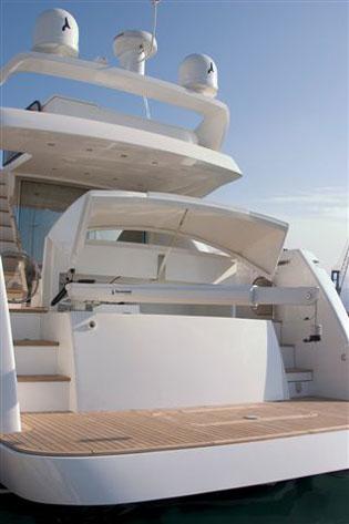 Yacht Enius - Aft Deck