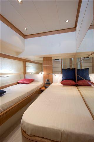 Yacht Enius - Twin Cabin