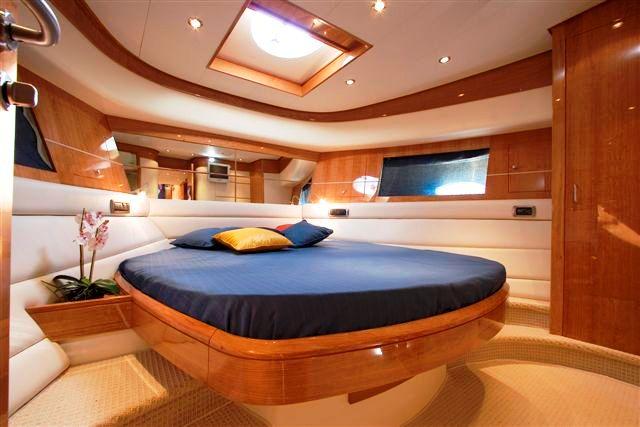 Yacht Enius - VIP Cabin