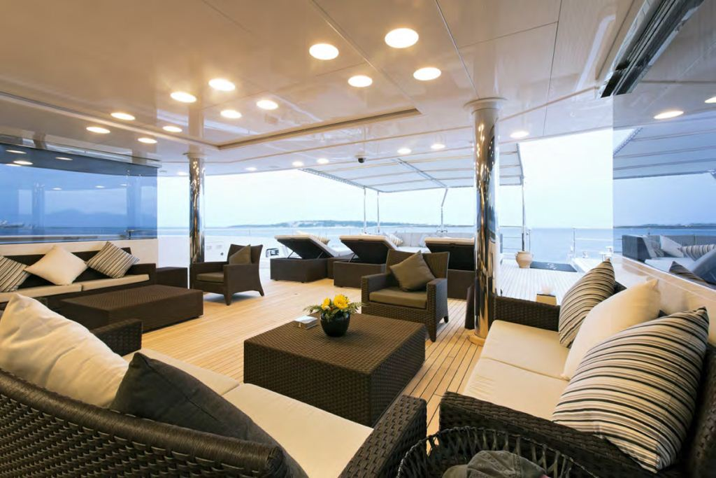 Yacht FAMILY DAY -  Aft Deck Exterior Seating