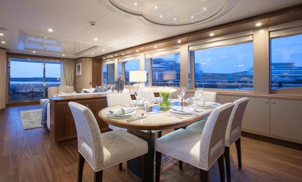 Yacht FIREFLY by Mulder - Formal Dining