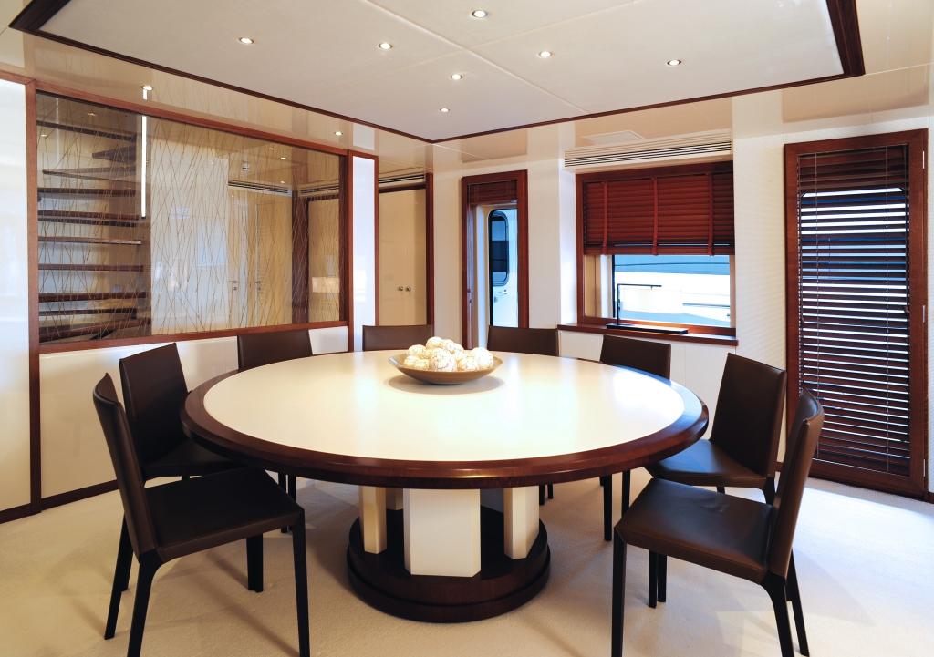 Yacht IDEFIX - Dining