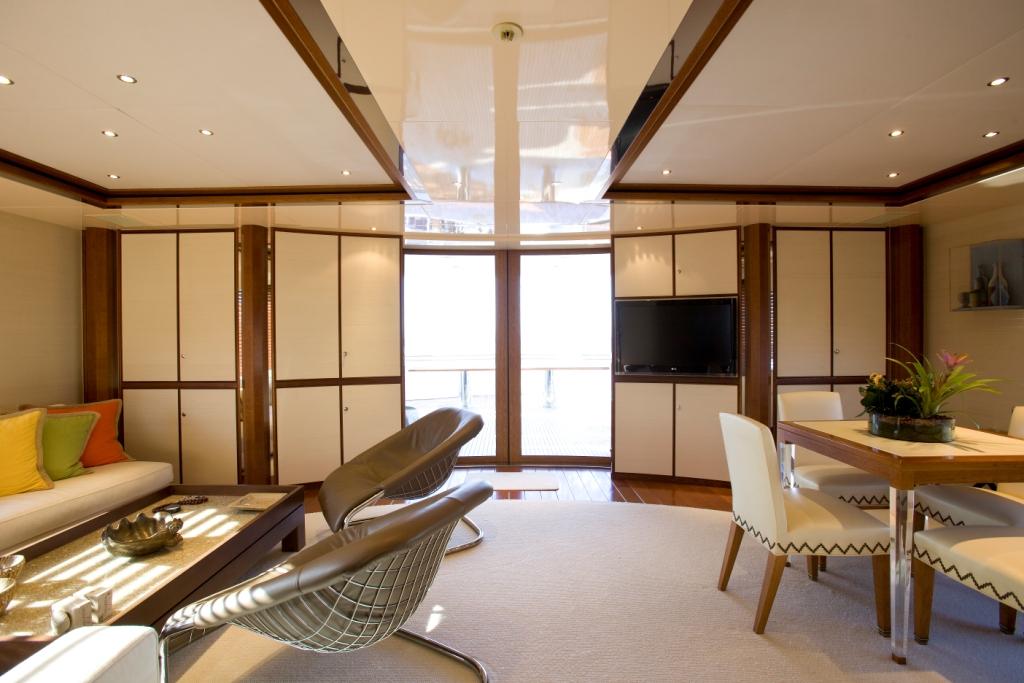 Yacht IDEFIX - Upper Salon