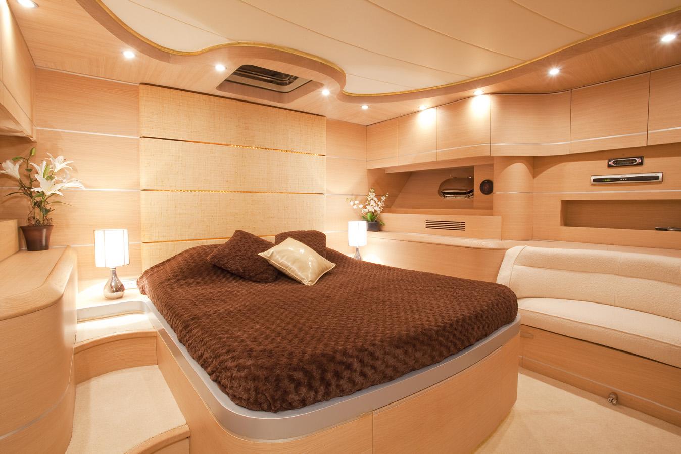Yacht KOKAB -  Master Cabin