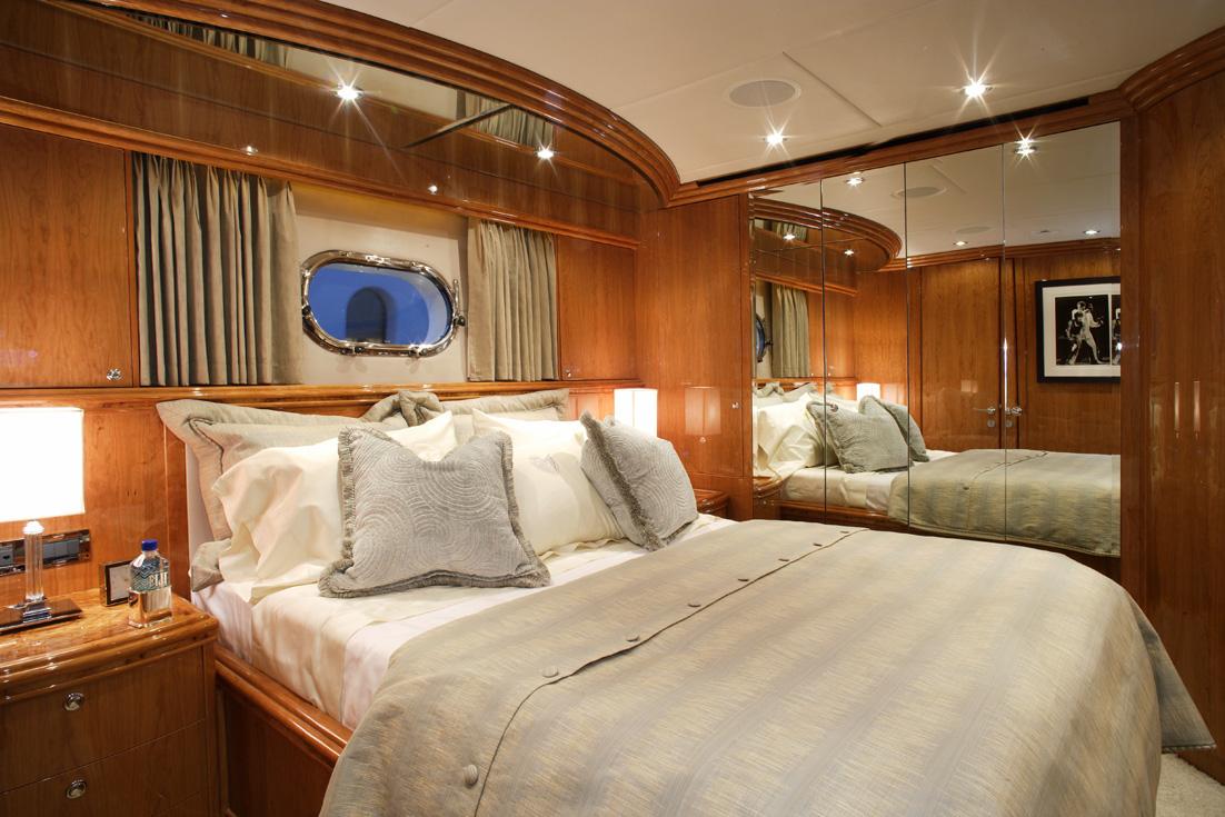 Yacht LA DOLCE VITA -  Double Cbain