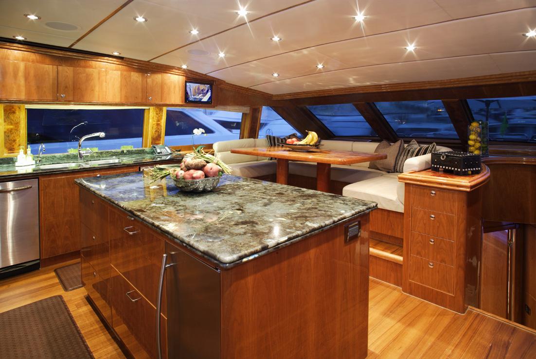 Yacht LA DOLCE VITA -  Galley