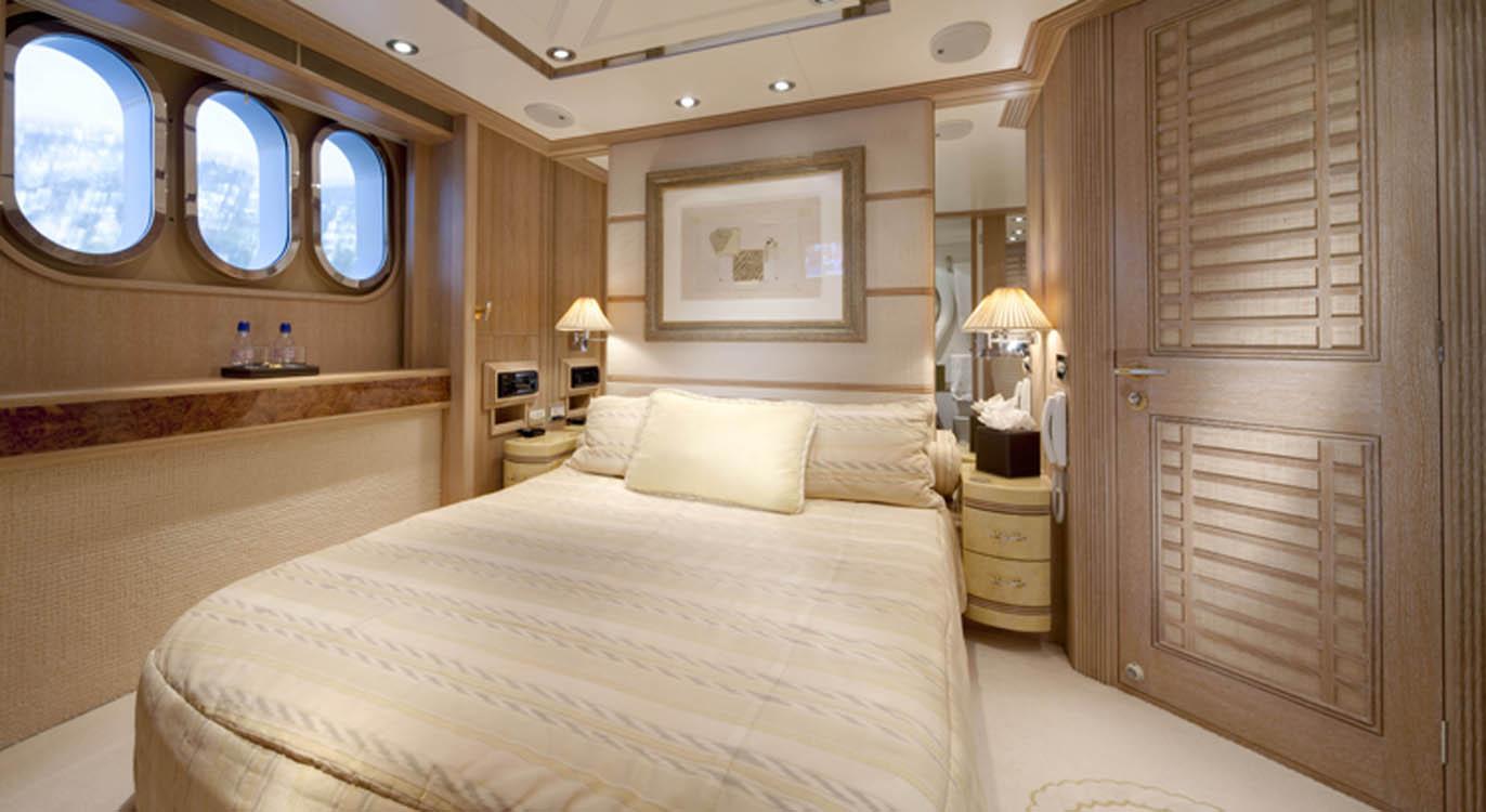Yacht LA MASCARADE -  Double Cabin