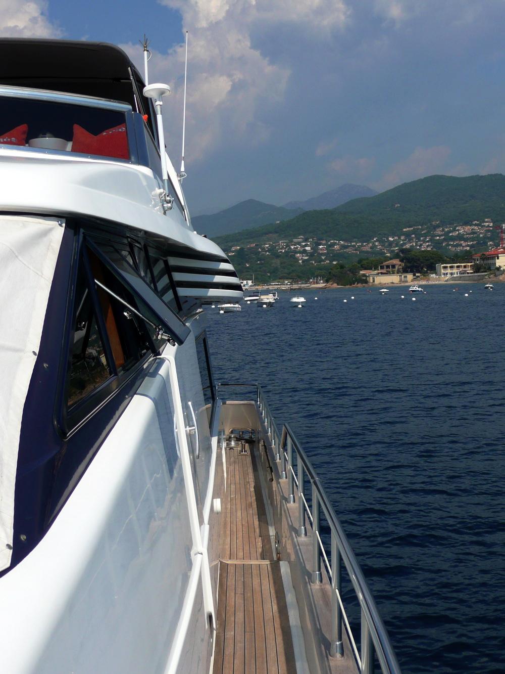 Yacht LOLEA -  Side Deck