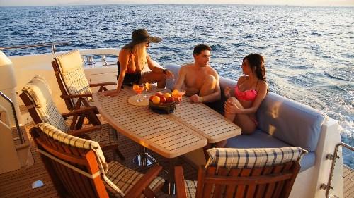 Yacht LUCIGNOLO -  Aft Deck Al Fresco Dining