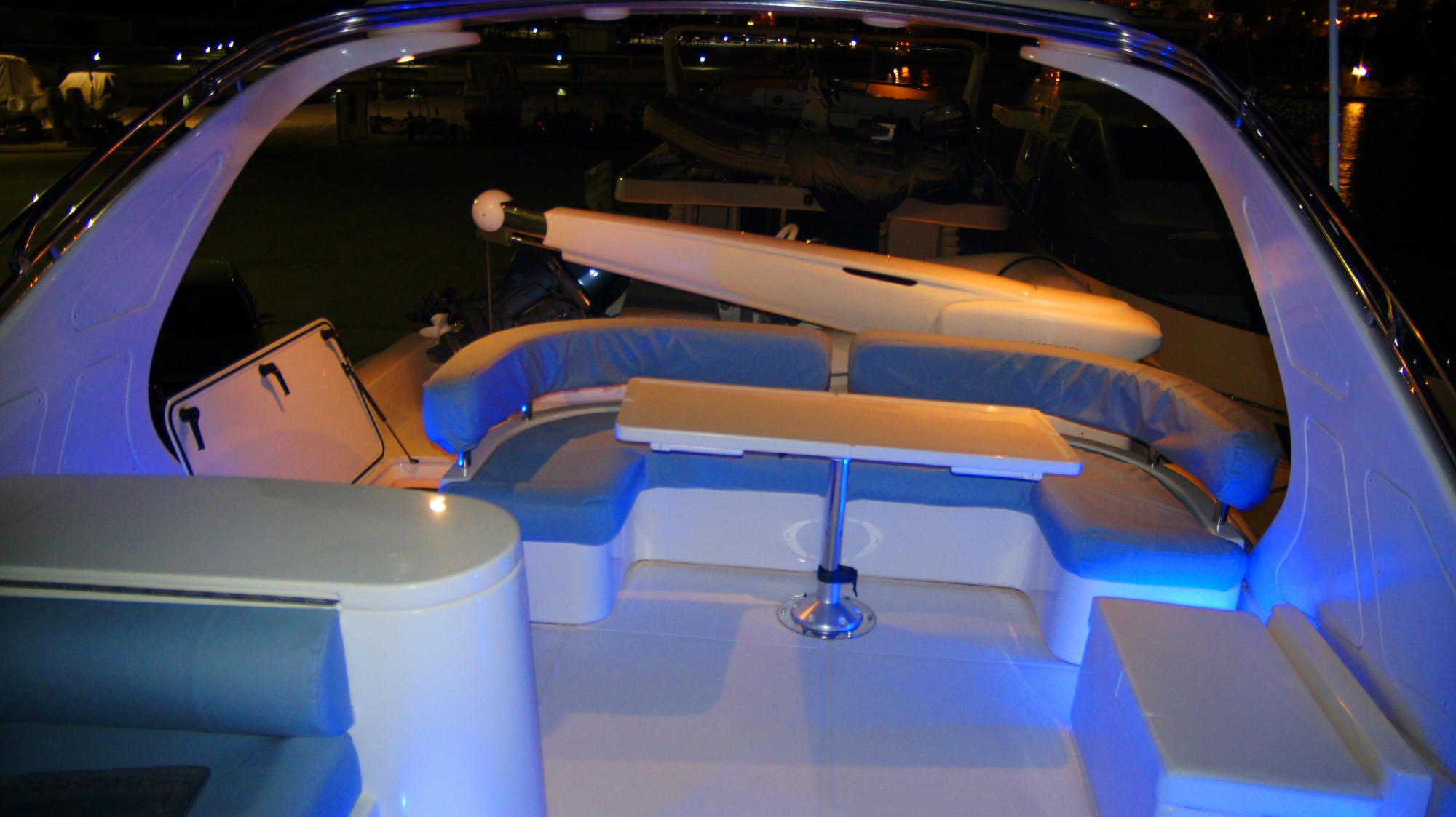 Yacht LUCIGNOLO -  Flybridge at night