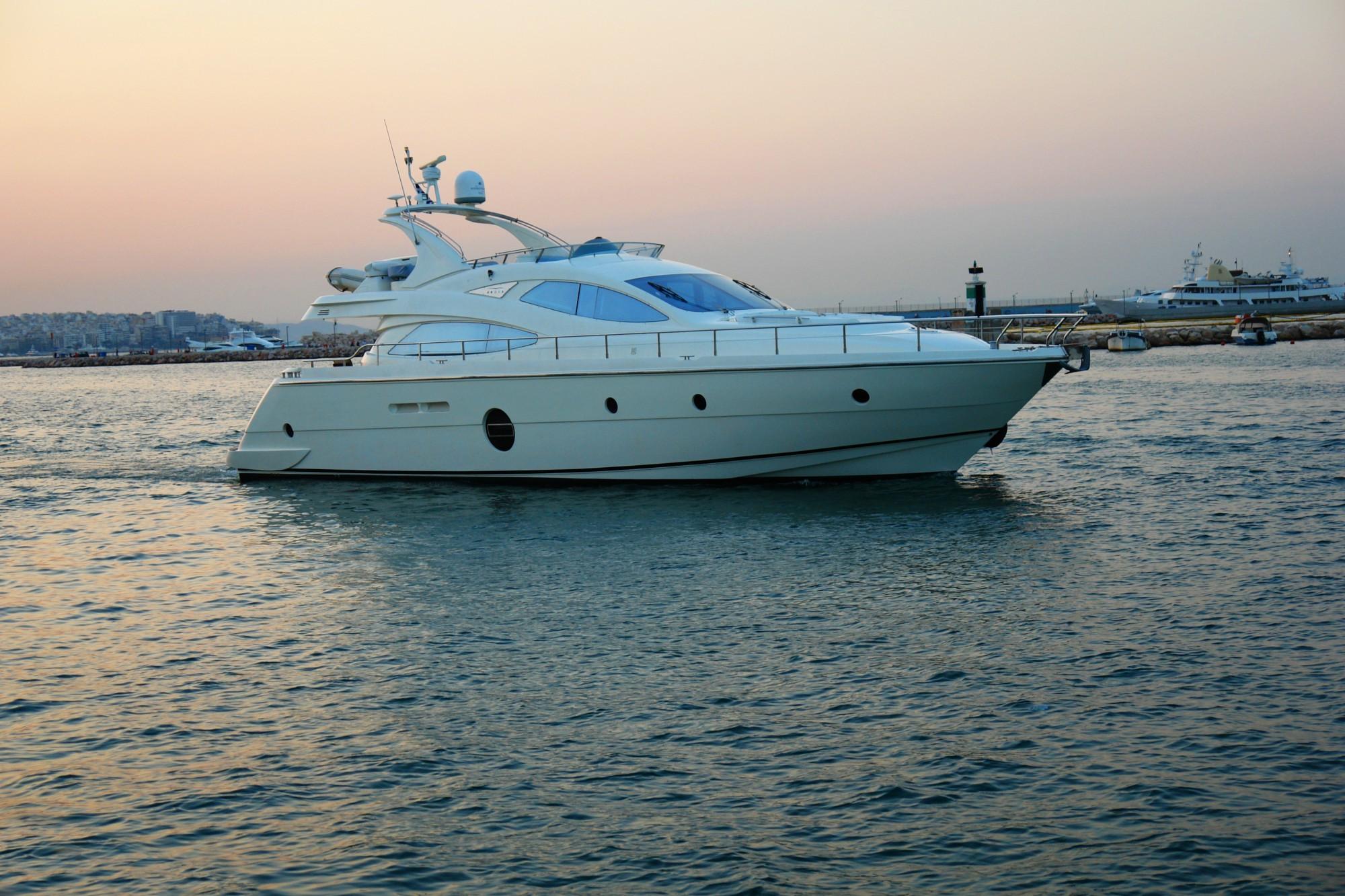 Yacht LUCIGNOLO -  Main