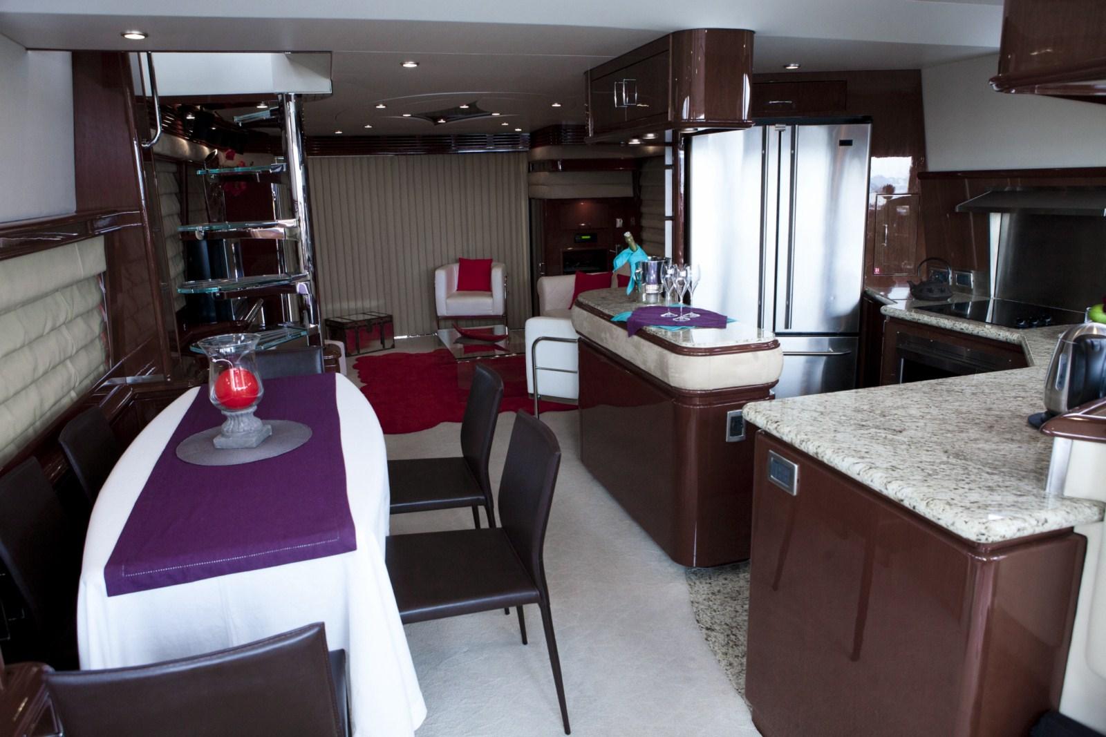 Yacht LUDI -  Dining Area