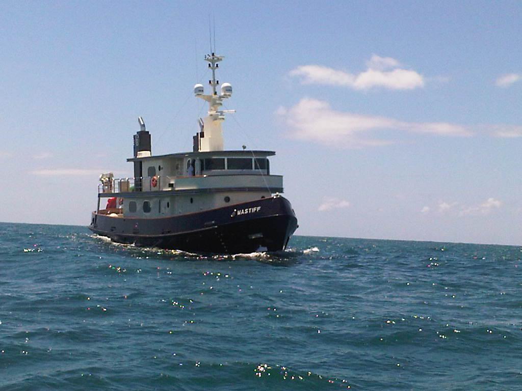 Yacht MASTIFF -  Cruising