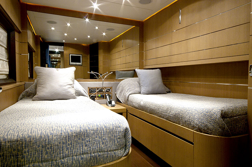 Yacht MISTRAL 55 -  Twin Cabin