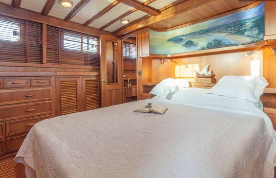 Yacht OLD DREAM -  Master Cabin