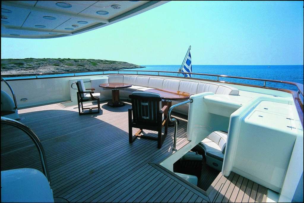 Yacht OPARI -  Upper Deck