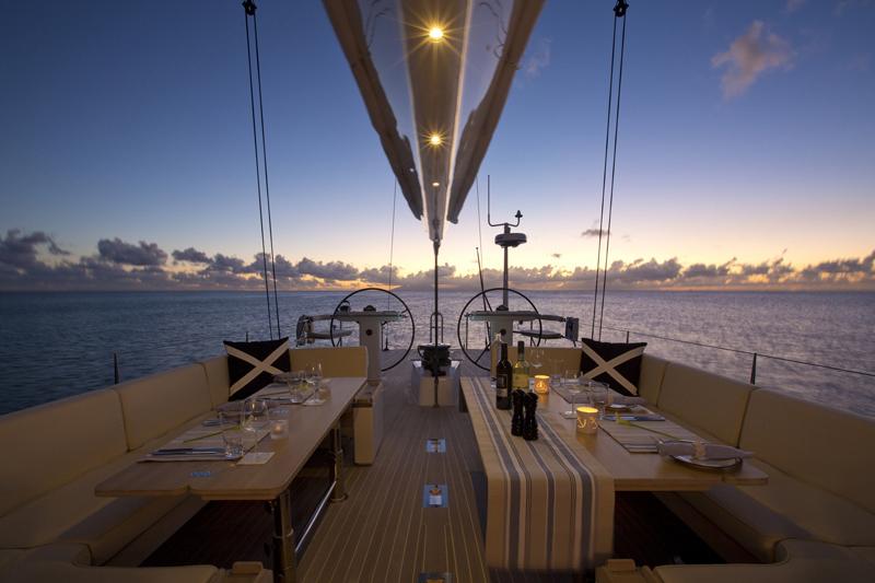 Yacht PTARMIGAN -    Cockpit Dining
