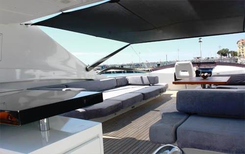 Yacht QUANTUM -  Sundeck