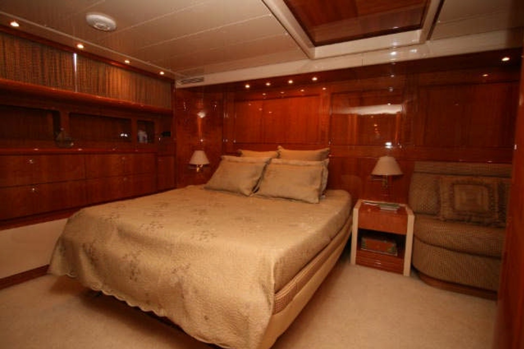 Yacht QUEEN SOUTH III -  Master Cabin