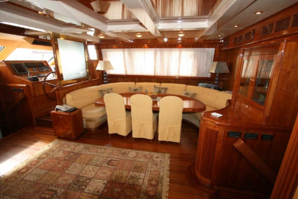 Yacht QUEEN SOUTH III -  Salon dining