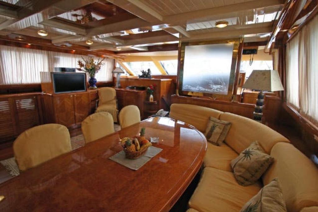 Yacht QUEEN SOUTH III -  Salon