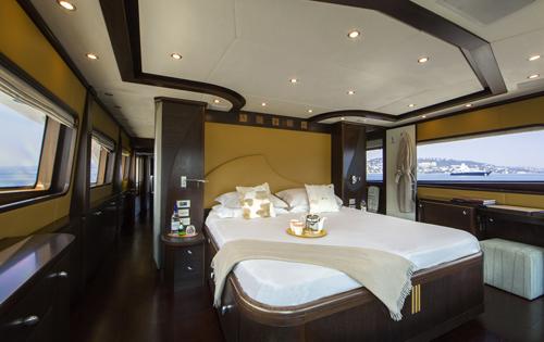 Yacht QUID PRO QUO -  Master Cabin