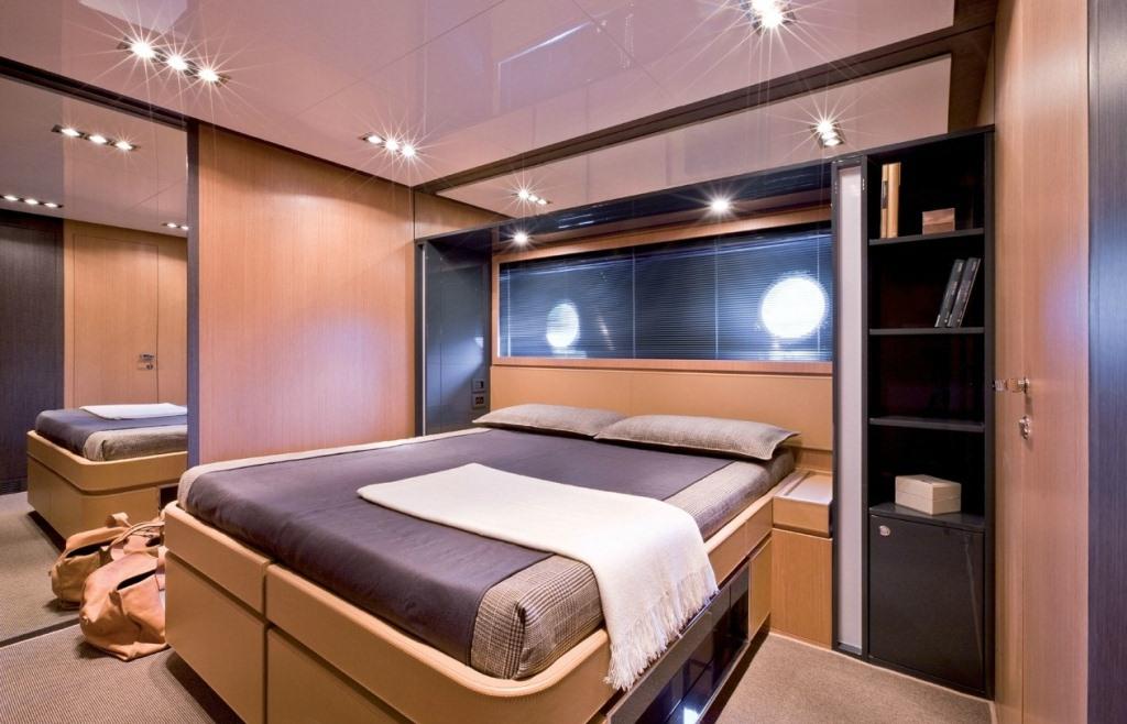 Yacht Rhino -  Guest Cabin