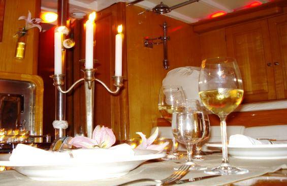 Yacht SAMARKAND -  Dining Detail